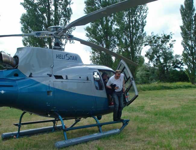 Surprenez vos collaborateurs avec nos programmes Récompense Prestige : vol en hélicoptère. Circuits et/ou combiné clé en main avec des belles voitures sportives