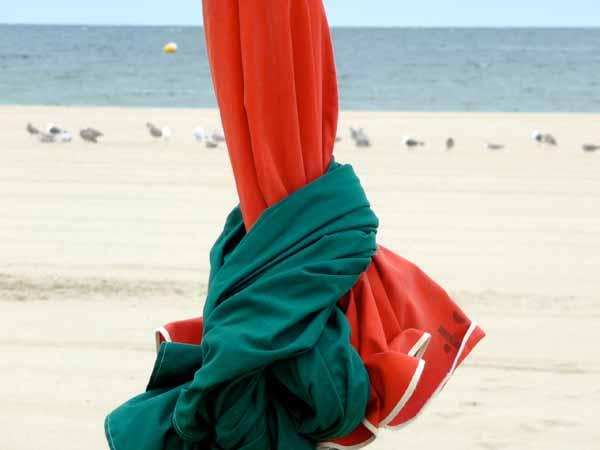 Deauville sa plage et ses célèbres parasols pour un séminaire au bord de mer