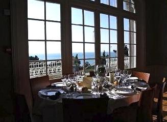 Un château privatisé avec une vue mer exceptionnelle à Granville