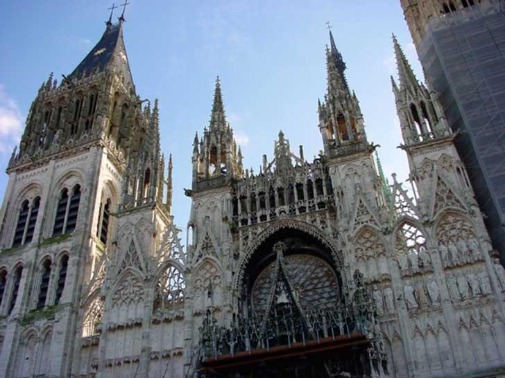Cathédrale Notre Dame à Rouen ville d'art et d'histoire pour vos congrès et réceptions en Normandie