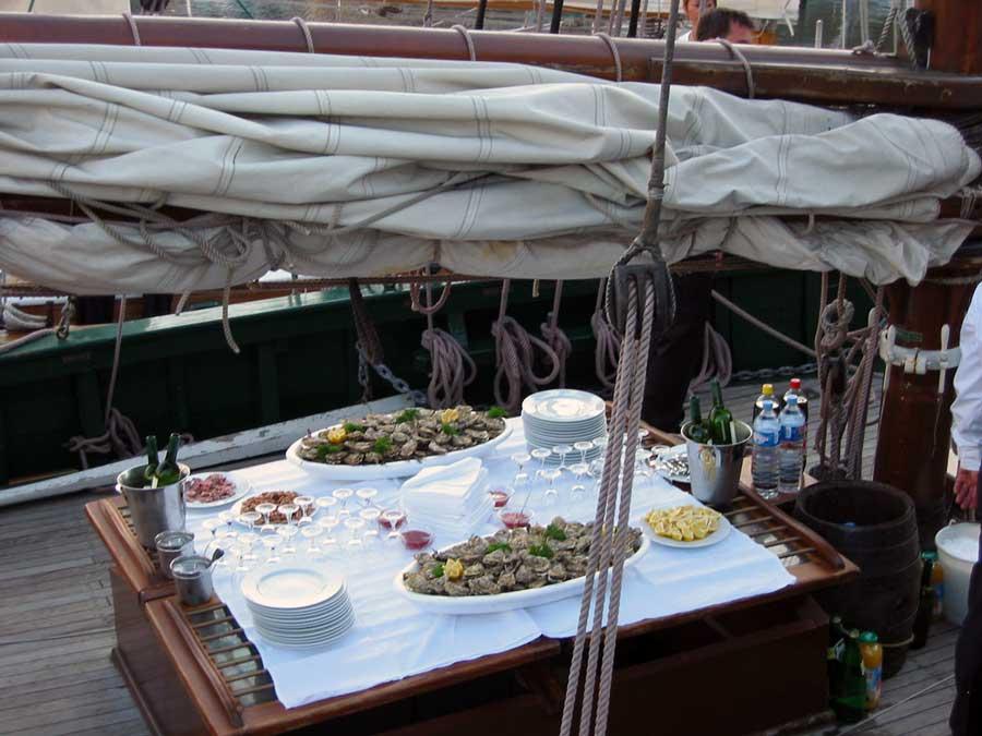 Dégustation huitres à Honfleur lors d'une réception en Normandie