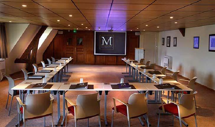 Salle de réunion pour séminaire aux Manoirs de Tourgéville