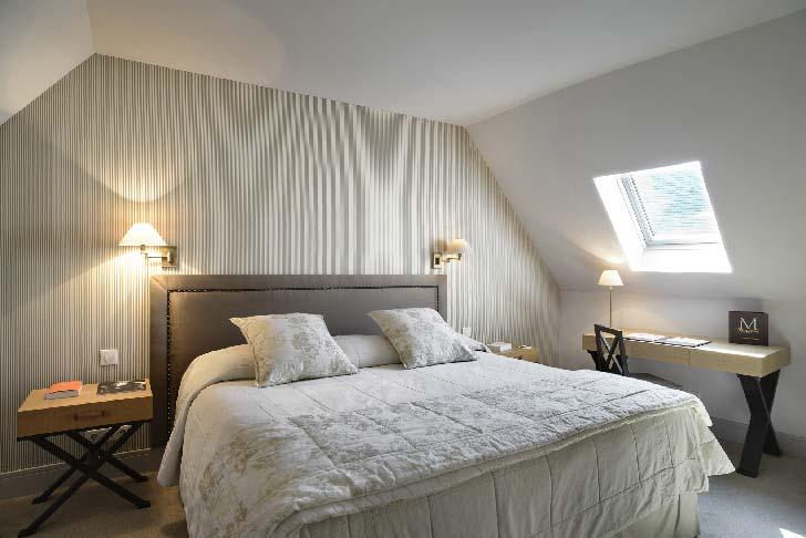 Une chambre d'hôtel pour séminaire aux Manoirs de Tourgéville