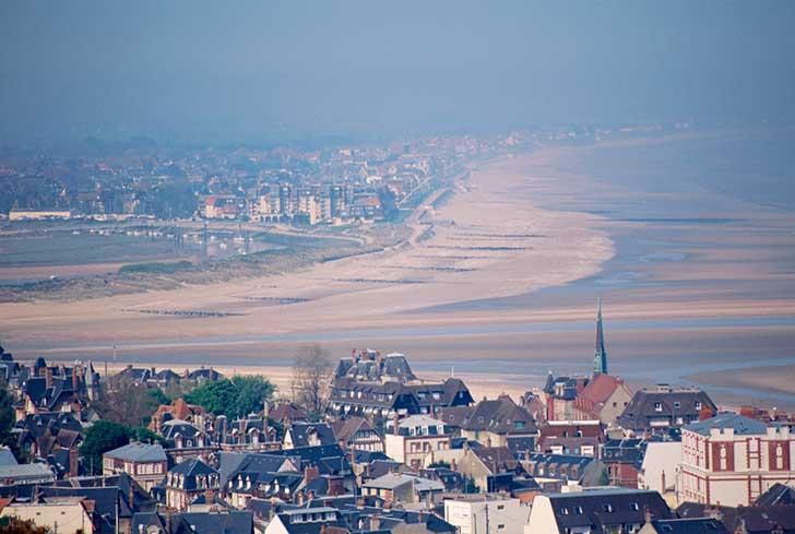 Deauville, Trouville une large capacité d'hôtels et de restaurants por vos séminaires en Normandie