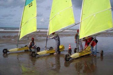 Activité char a voile pour séminaire d'entreprise en bord de mer