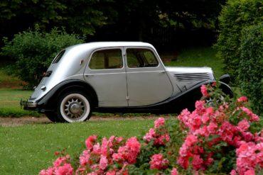 Découverte de la Normandie en voitures anciennes