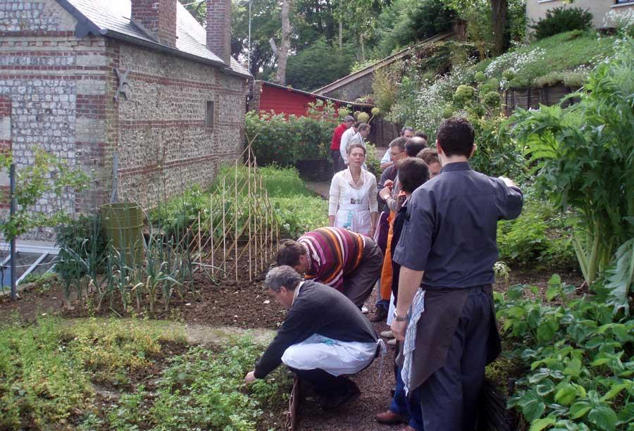 Séminaire en Normandie activité jardinage
