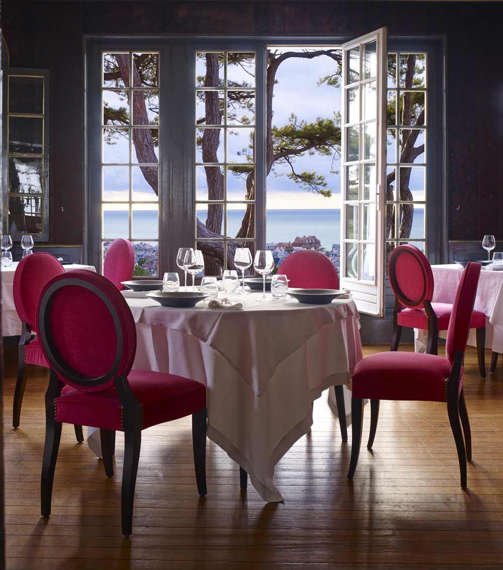 Le salon des créateurs de l'hôtel Le Domaine Saint Clair à Étretat pour vos séminaires en Normandie