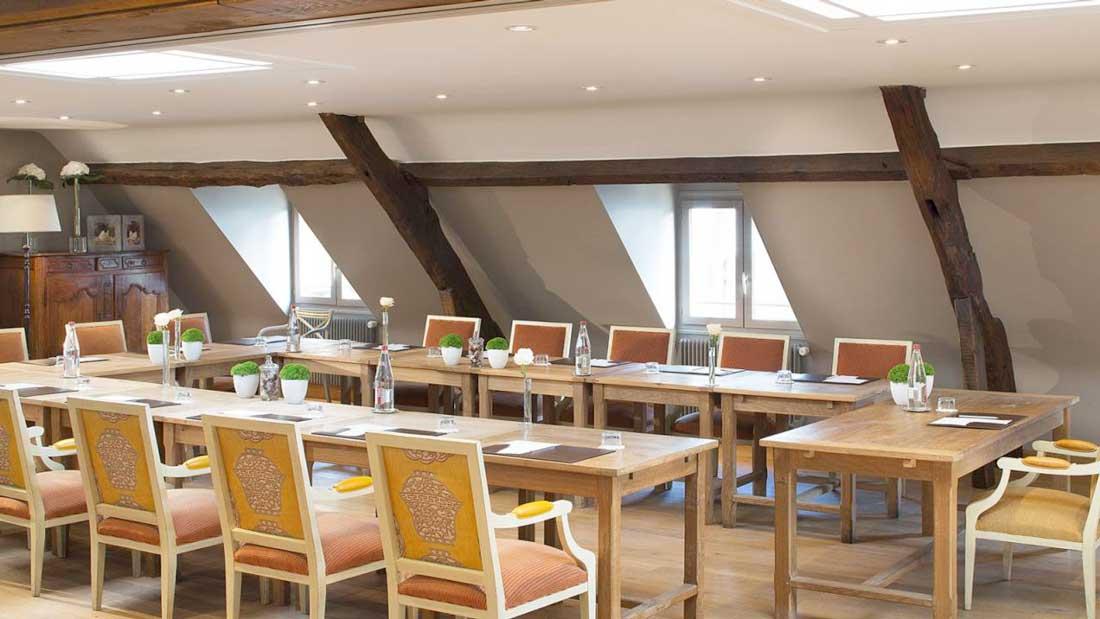 Salle de réunion de l'Hôtel La Ferme Saint-Siméon