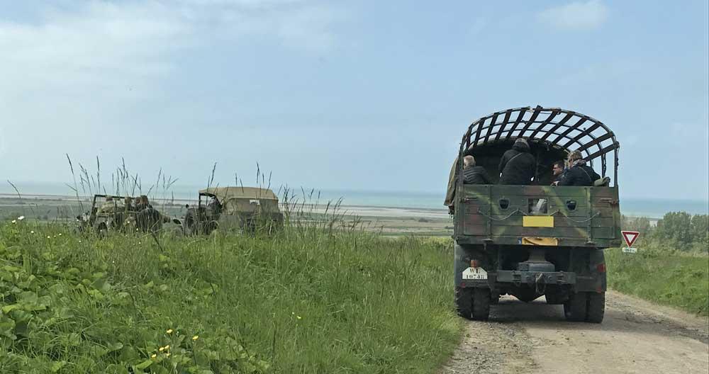 Visite des Plages du Débarquement avec 1 historien en véhicules militaires