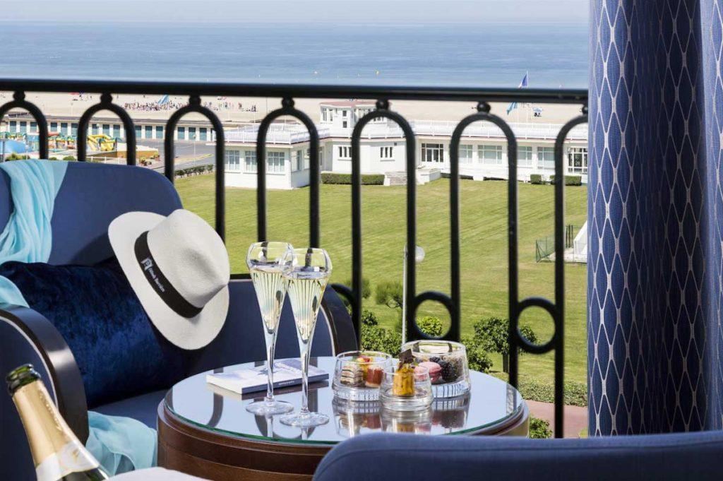 Suite Deluxe Mer Club, Hôtel Le Royal Deauville