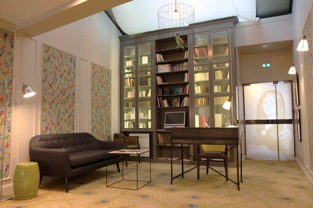Best Western Hôtel Littéraire Gustave Flaubert - la bibliotheque
