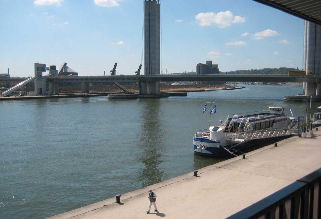 Vue sur Seine à Rouen