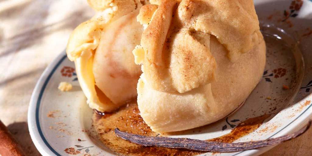 Le Bourdelot dessert de la cuisine normande