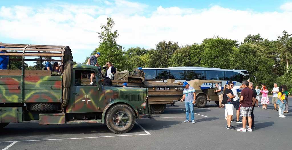 Visite des Plages du Débarquement en véhicules militaires et avec un historien