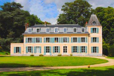 Le Château d'Amécourt aux frontières de la Normandie et la Picardie