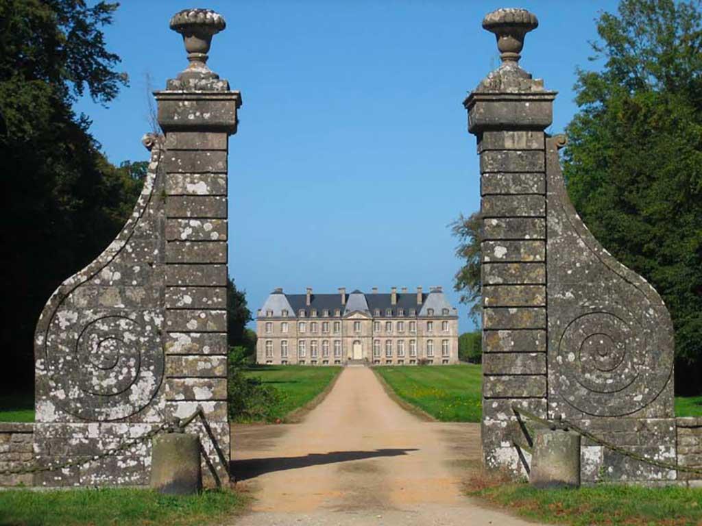Château de Saint-Pierre-Église pour vos événements d'entreprise en Normandie