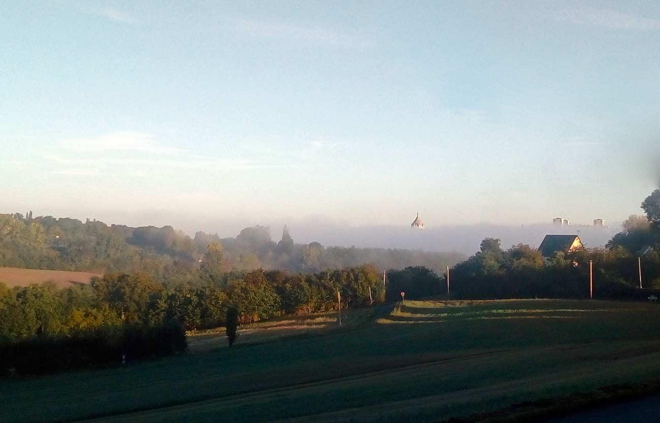 Le petit matin dans la campagne près de Honfleur