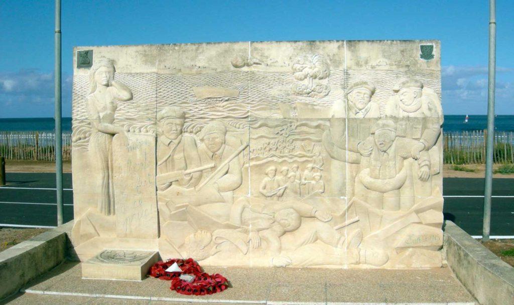 Monuments dédié à l'action du 1er bataillon de fusiliers marins commandos du commandant Kieffer