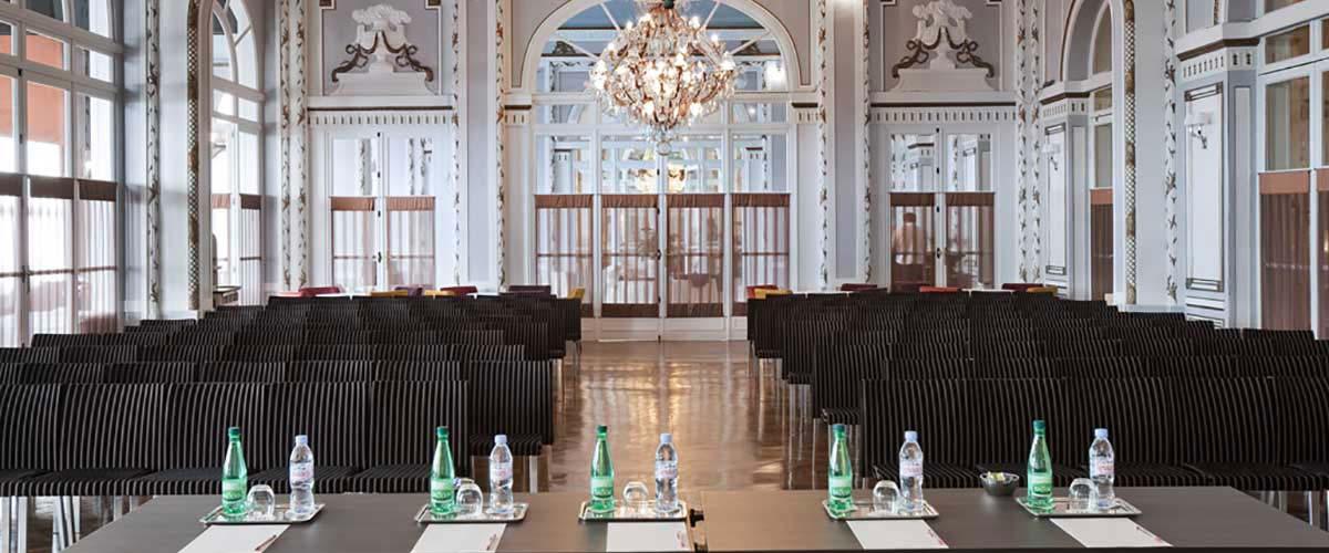 Salle de réunion pour vos séminaires au Grand Hôtel de Cabourg