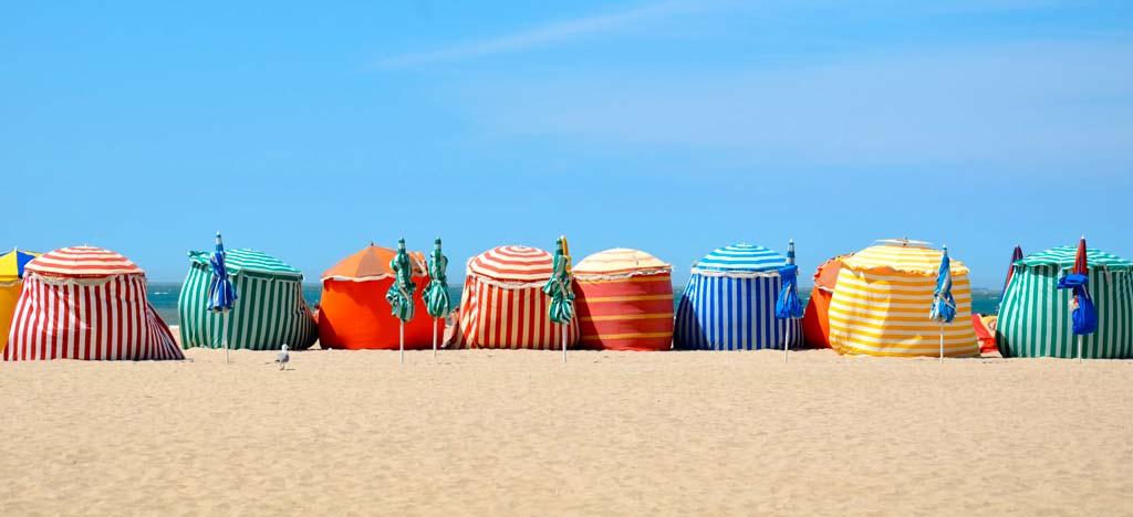 Les parasols de Trouville-sur-mer