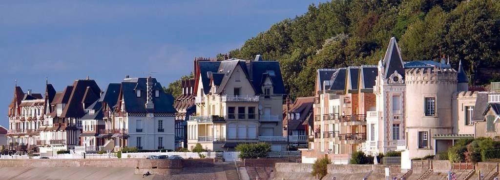 Villas de bord de mer à Trouville