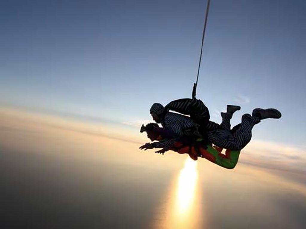 Saut en parachute Tandem, activité pour séminaire professionnel